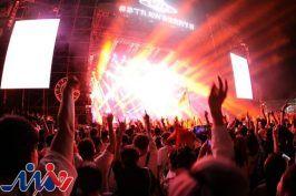 هزاران نفر در جشنواره موسیقی ووهان بدون ماسک شرکت کردند